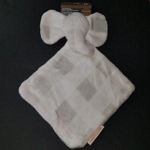 NWT Blankets & Beyond Elephant Lovey White Plaid